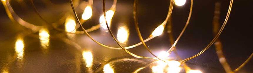 Immagini Luminose Natale.Catene Luminose A Led Da Interno